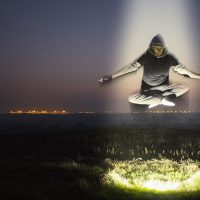 mini levitation-1287234_1920